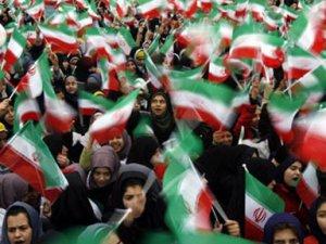 İran İslam Devrimi: Değişim Kaynakları ve Tehditler
